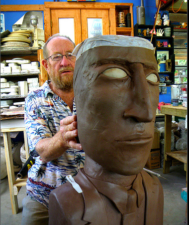 billy ray mangham working on a big head, natchez project - eye of the dog